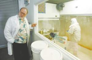 Dr. John Holliday, az Aloha Medicinals elnöke