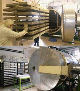 Így néz ki a liofilizáló gép.